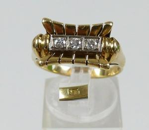 Alter Brillant-Ring aus 585 Gold m. 3 weißen Steinen, Gr. 60/Ø 19,1 mm  (da5691)