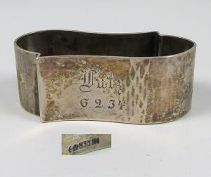 ausgefallener Serviettenring aus 835 Silber mit Gravur Lutz 6.2.34  (da5724)