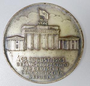 Medaille 13. August 1961 Berlin Hauptstadt der DDR   (da5896)