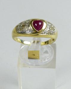 Herz-Ring aus 585er Gold mit roter Jade, Gr. 63/Ø 20 mm  (da5141)