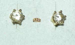 Ohrringe/Stecker aus 333er Gold mit Zirkonia   (da4396)