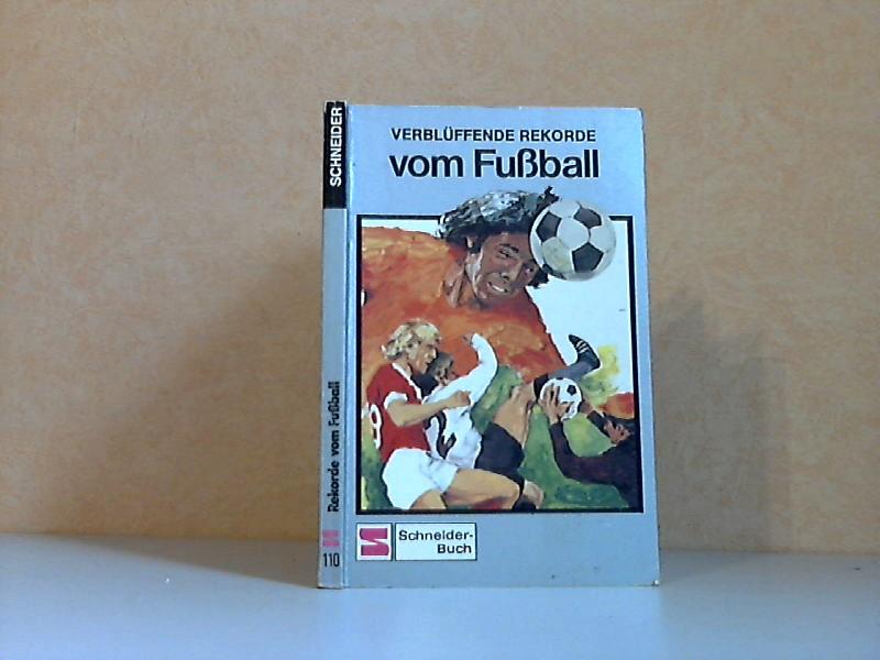Verblüffende Rekorde vom Fußball Illustration: Hannes Doellel