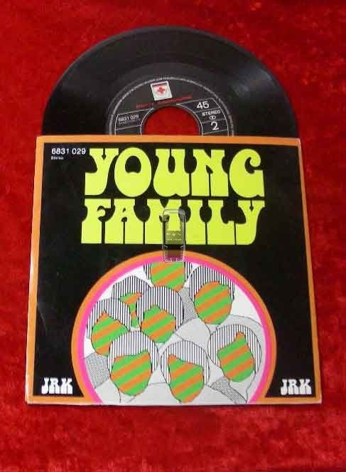 Single Young Family Aktion '74