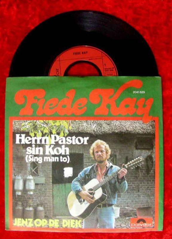 Single Fiede Kay: Herrn Pastor sin Koh