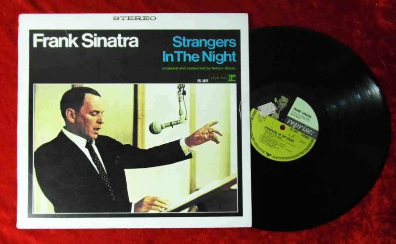 LP Frank Sinatra: Strangers In The Night (Reprise FS-1017) D 1966 Musterplatte