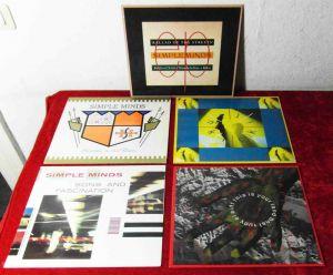2 Langspielplatten / 3 Maxi  von SIMPLE MINDS   - Vinylsammlung -