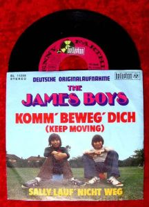 Single James Brothers: Komm beweg Dich (Keep Moving) / Sally lauf nicht weg