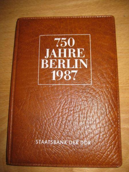 Satzetui 1987, 750 Jahre Berlin mit Michel-Nr. 29, 113, 114, 115 und Plakette