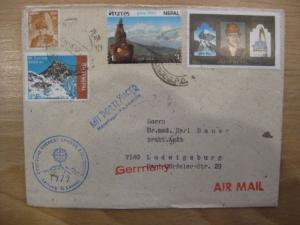 Deutsche Everest - Lhotse-Expedition 1972, Leitung: G. Lenser mit Postläufer vom Hauptlager nach Kathmandu
