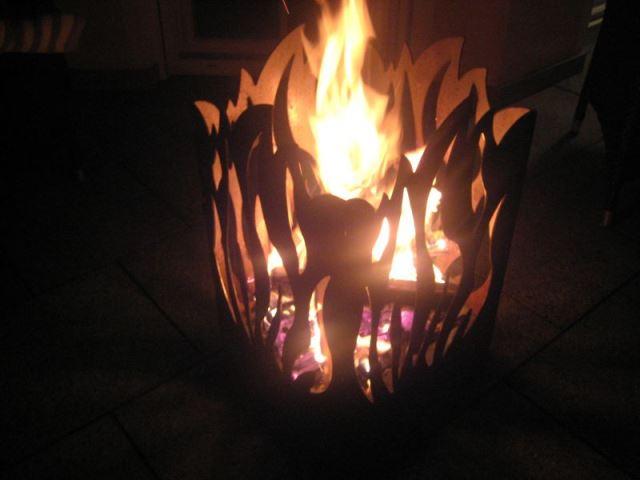 Feuerkorb, Modell Antik-Feuer und Flamme, aus Roheisen, Breite(n) ca. 35 cm, Höhe ca. 55 cm; Kostenloser Versand (ohne Inseln)