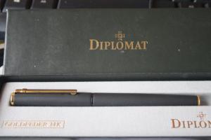 DIPLOMAT; Diplomat Füllfederhalter 14 ct. Goldfeder