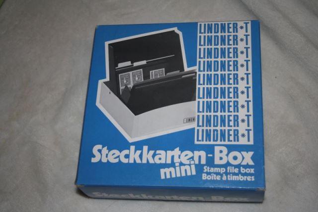 Briefmarken-Steckbox; Marken-Steck-Box für Briefmarken und Ähnliches mit 30 Steckkarten und 30 Schutzhüllen in OVP