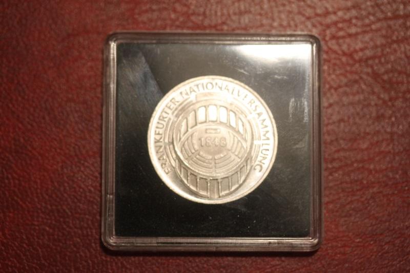 5 DM Silbermünze Gedenkmünze Frankfurter Nationalversammlung 1973, in besonderer Kapsel (siehe Artikelbeschreibung), Ausführung stg