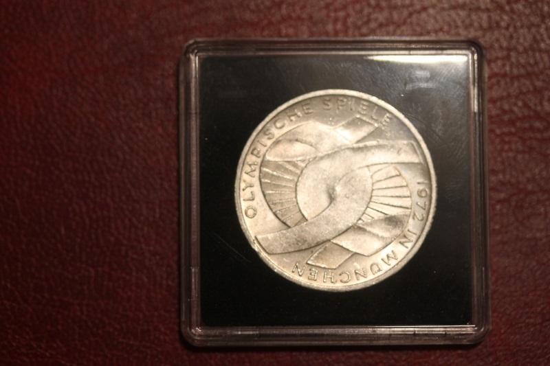 10 DM Silbermünze Gedenkmünze Olympische Spiele in München 1972, in besonderer Kapsel (siehe Artikelbeschreibung), Ausführung stg