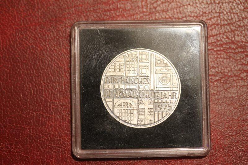 5 DM Silbermünze Gedenkmünze Europäisches Denkmalschutzjahr 1975, in besonderer Kapsel (siehe Artikelbeschreibung), Ausführung stg