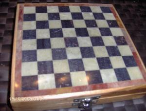 Schachspiel aus Speckstein Echte Handarbeit Msße 16,6 x 16,5 x 3,5 cm