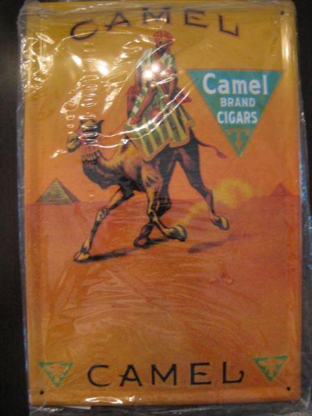 Blechschild mit CAMEL- Reklame, ca. DIN A4-Format