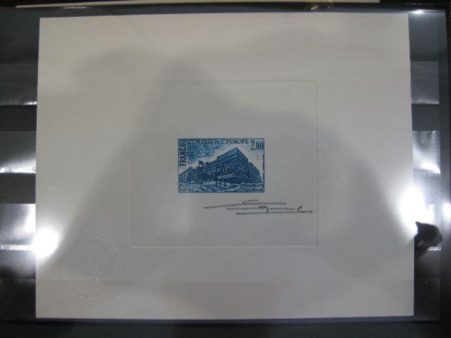 CEPT - Symphatie-Ausgabe EUROPA-UNION Mitläufer Dienstmarken für den EUROPA-Rat Mi.-Nr. 26 Epreuve de Artiste Künstlerblock in geänderter Farbe (blau) mit Prägesigel und Originalunterschrift des Entwerfers