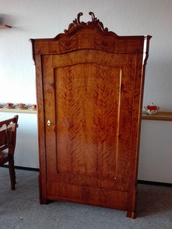 Kleiderschrank , Eintürer, Louis Philippe Stil