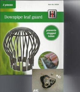 2 STÜCK Fallrohrschutz Laubschutz Regenrohrschutz