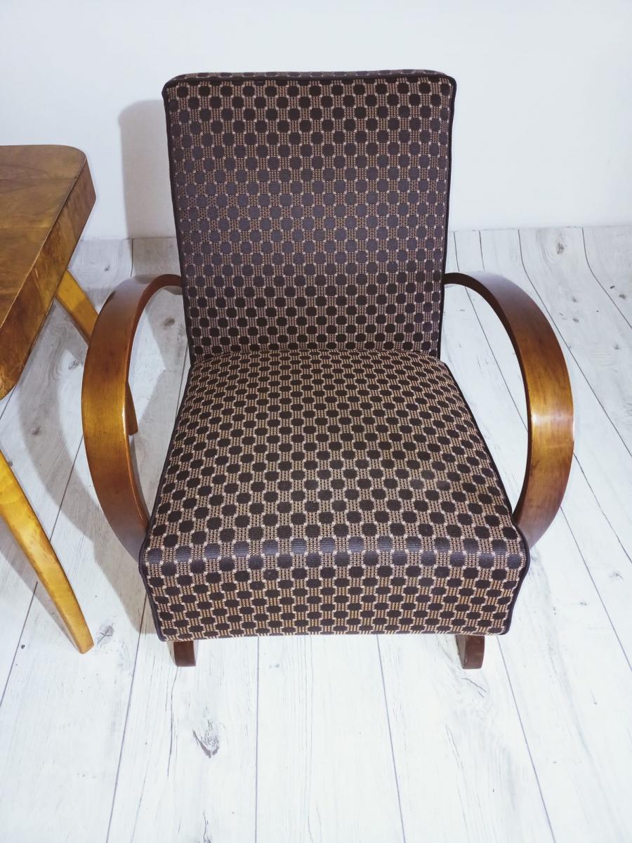 Halabala-Set Sessel, Couchtisch, Esszimmerstühle und Tisch 3