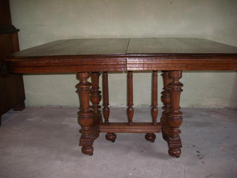 Gründerzeit-Tisch 0