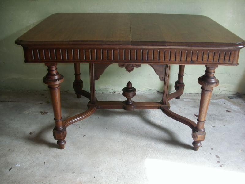 Gründerzeit-Tisch