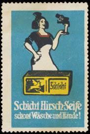 Schicht Hirsch-Seife schont Wäsche und Hände
