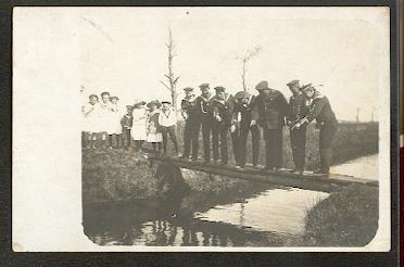 Soldatengruppe. Matrosen. Original Foto. I WK.