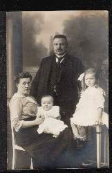 Familienfoto. 0