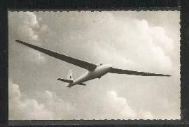 Kd6 im Flug über dem Segelflugplatz Oelinghausen