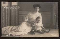 Kronprinzessin Cecilie mit dem Prinzen Wilhelm