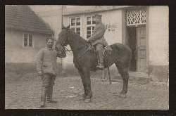 Soldat und Pferd