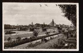 Dresden. Blick zur CarolaBrücke