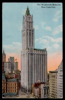 USA. New York. The Woolworth Building