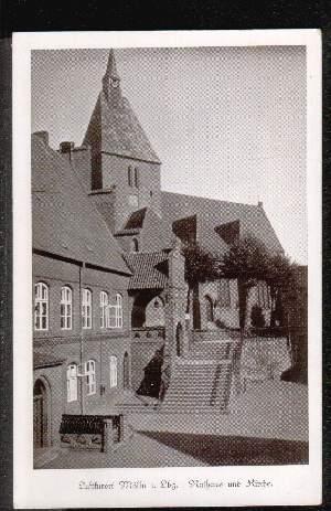 Mölln. Rathaus und Kirche
