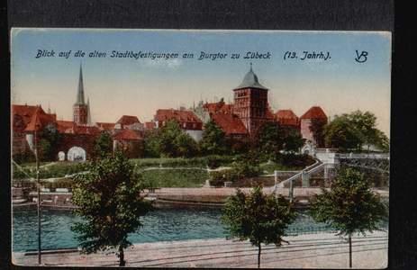 Lübeck. Blick auf die alten Stadtbefestigungen
