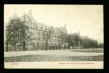 Berlin. Kaserne des Garde Kürassier Regiments