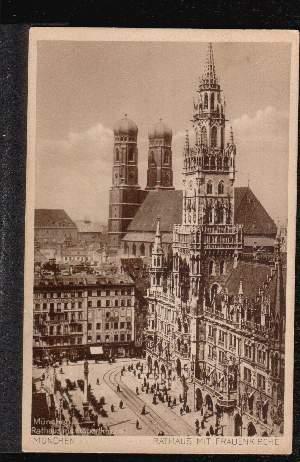 München. Rathaus mit Frauenkirche