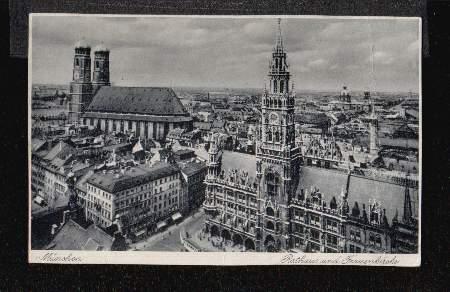 München. Rathaus und Frauenkirche