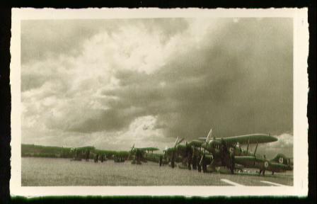 x00412; Flugzeuge.