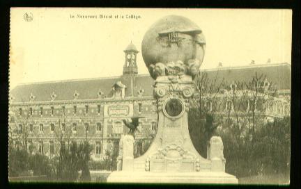 x00865; Le monument Bleriot et le College.