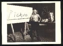 x02773; Edward Quinn. La signature de Picasso.