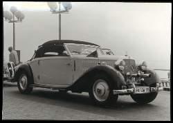 x12176; Travemünde. Mercedes Benz 230.