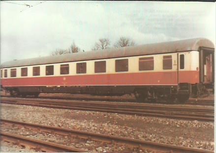 x16386. Reisezugwagen 1. Klasse.