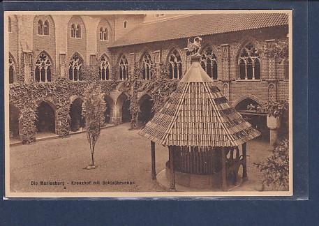 AK Die Marienburg - Kreuzhof mit Schloßbrunnen 1930