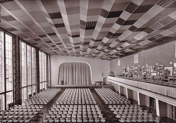 haus der begegnung kirchliche architektur der 50er jahre. Black Bedroom Furniture Sets. Home Design Ideas