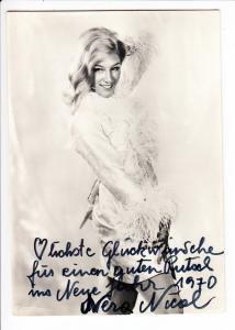 Vera Nicol, Ö/Schweizer Sängerin/Variete, 4 Zeilen Text incl. O-U, bei 2 Wettbewerbern bis 7 Sfr.