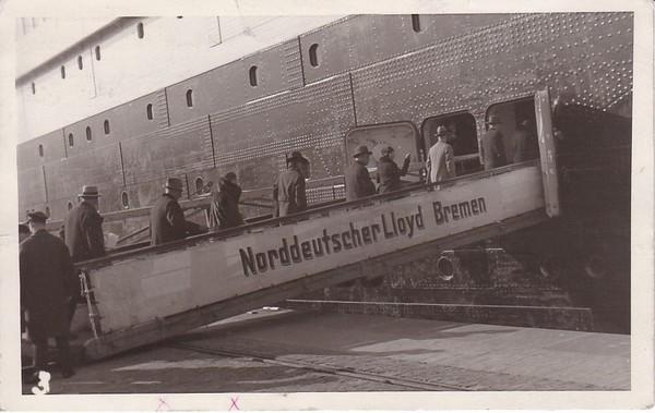 O-Foto-AK Einstieg in die Bremen? 1931 Schiffspost Bremen - New York. Unikat