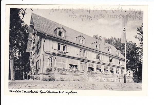 Gau-Erholungsheim, Warstein, heute eher Bierstadt, zeitgemäß beflaggt